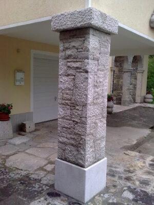 Kamniti stebri